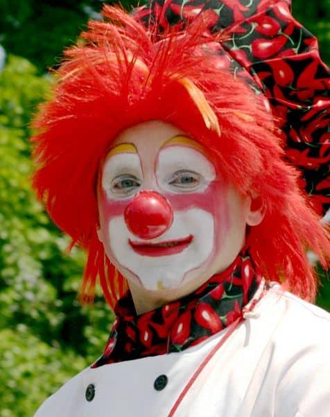 Clown chili peppers - Jungschwuppen Mittwochsclub am 20.11. - Verwandlung mit Martin