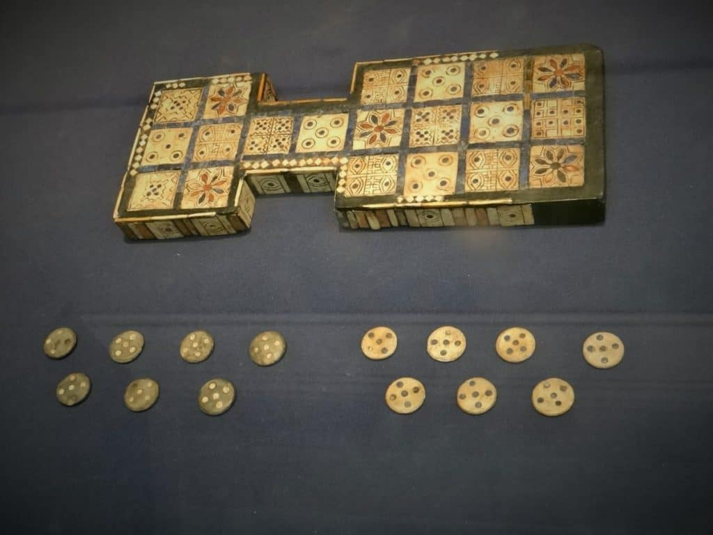 Royal game of Ur Mesopotamia  2600 2400 BC 1024x768 - Romeo & Julius am 27.11.2020: Spieleabend