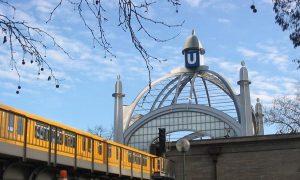 U Bahn Berlin Nollendorfplatz2 300x180 - Romeo und Julius am 10.03.2017: Gourmet-Tour durch Schöneberg!