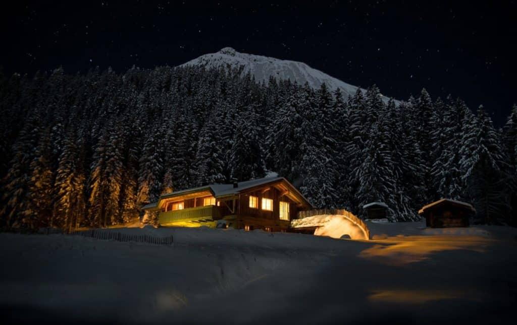 night 2304308 1920 1024x645 - Jungschwuppen Mittwochsclub am 16.12.: Licht an!